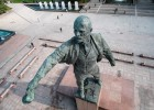 Lenin monument washed on Moskovskaya Square in St. Petersburg