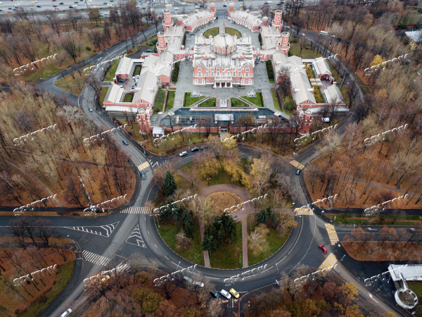 Traffic roundabouts in Moscow