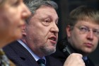 Presidential candidate Grigory Yavlinsky meets with heads of Moscow municipal assemblies