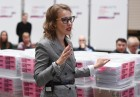 Submitting signatures in support of Ksenia Sobchak's registration as presidential candidate
