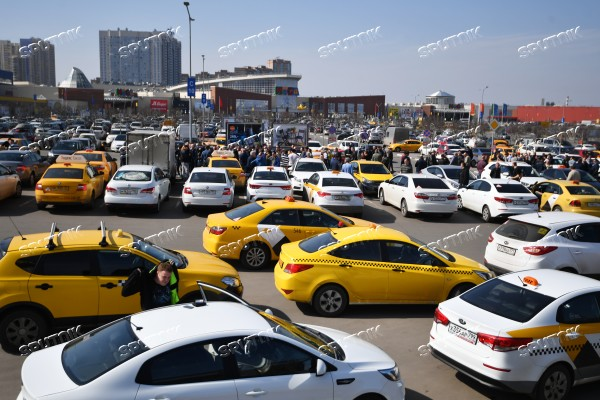 Nationwide boycott of Yandex Taxi | Sputnik Images media library