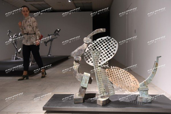 Exhibition Vadim Kosmachyov: A Breath of Sculpture opens at Novaya Tretyakovka gallery