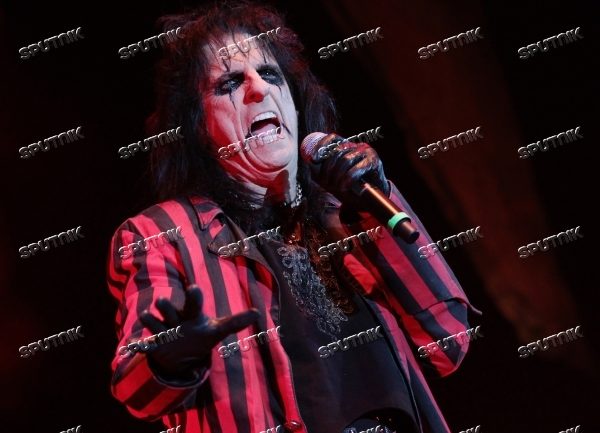 Alice Cooper gives concert in St Petersburg