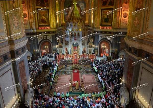 Easter service at Cathedral of Christ the Savior in Moscow