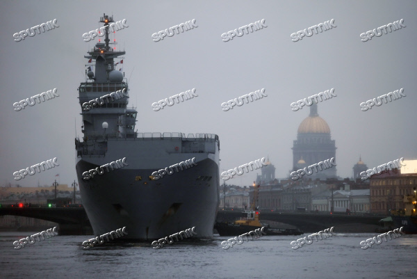 French Mistral-class amphibious assault ship