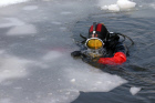 MOSKVA RIVER DIVER WINTER CLEANING