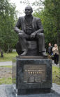Monument to Valentin Pikul unveiled in Murmansk