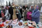 Consecration of Easter cakes on Easter Saturday