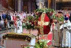 Easter serivce in Christ the Saviour Cathedral in Moscow