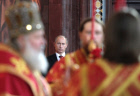 Russian PM attends Easter service in Moscow