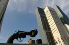 Anti-gun monument outside UN building