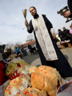 Consecration of Easter cakes in Vladivostok