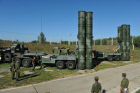 "C-400 ""Triumph"" missiles protect air lines of Moscow"